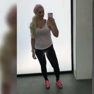 Daniela Katzenberger in Fitnesskleidung
