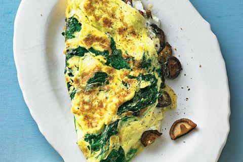Rauke-Omelett mit Shiitake-Pilzen