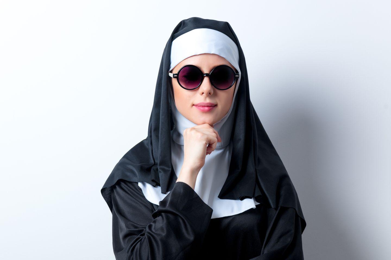 Als Junge Frau ins Kloster? Für viele unvorstellbar – für andere ein Traum.