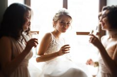 Bride etiquette: 10 things you should avoid on your wedding day