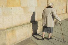 Überfall auf 77-Jährige abgebrochen – Täter hatte Mitleid