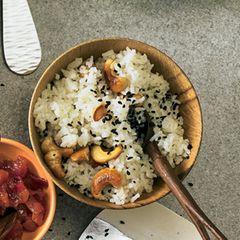 Reis mit Cashewkernen