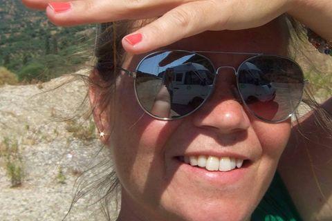 """Susanne Flachmanns Herz schlägt für entspannte Roadtrips auf Europas abgelegenen Landstraßen. So oft wie möglich fährt die selbstständige Grafikdesignerin und zweifache Mutter mit ihrem Kastenwagen """"Franz"""" vom Balkan bis ins Baltikum ... immer allein und sich ihrer absoluten Freiheit bewusst. Über ihre Erlebnisse berichtet sie in ihrem Blog Der Franz. Und ich. Außerdem ist Susanne Flachmann Autorin des Buches """"Cool Camping Wohnmobil"""" (Haffmans & Tolkemitt, 22,95 Euro)."""