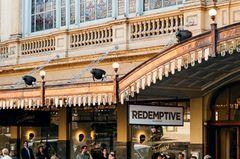 Insider-Tipps Melbourne: Restaurant mit Terasse zur Straße