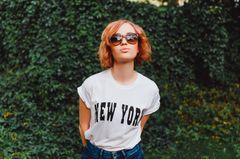 Charakter offenbaren: Frau mit Sonnenbrille