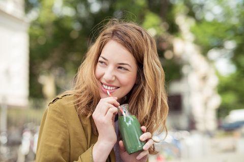 Abnehmen mit grünen Smoothies! Mit diesen Tricks klappt es ?