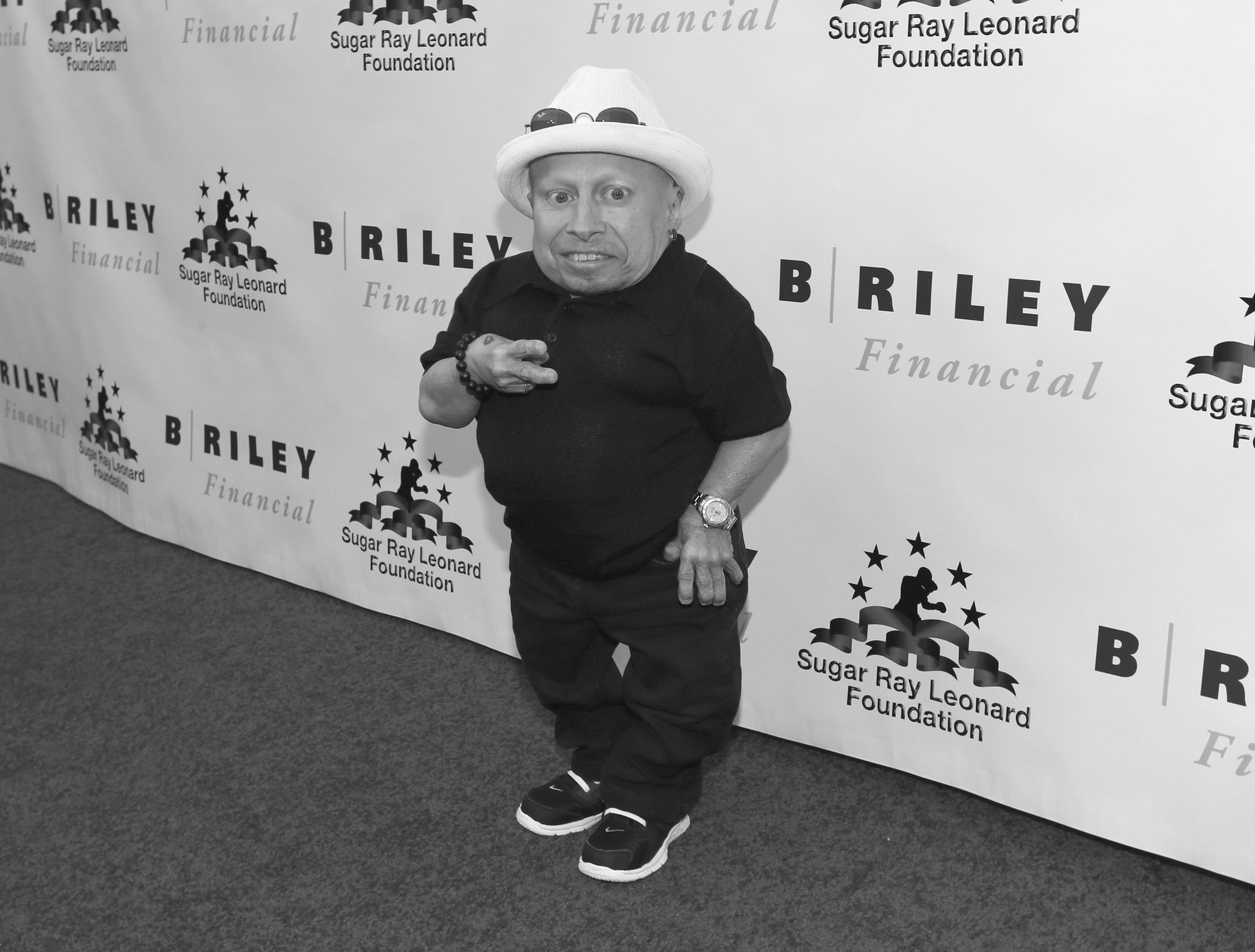 Verne Troyer wurde durch die 'Austin Power'-Filme weltbekannt. Der 81 Zentimeter kleine Schauspieler starb am 21. April. Woran genau hat seine Familie bislang nicht verraten.