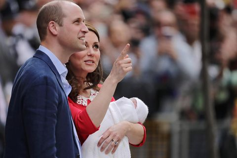 Lippenleser verrät: Darüber haben William & Kate vor der Klinik gesprochen