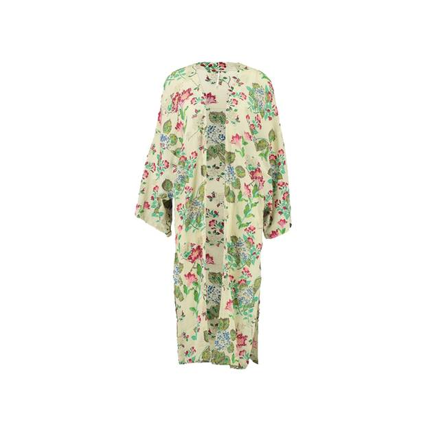 Leichter Kimono für kühle Sommerabende. Von Free People, erhältlich über Zalando, um 130 Euro.