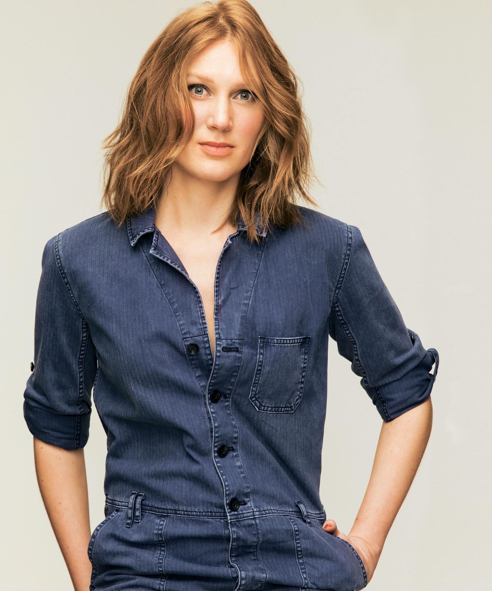 Frisur: Louisa nach dem Umstyling mit kürzeren Haaren und mehr Volumen