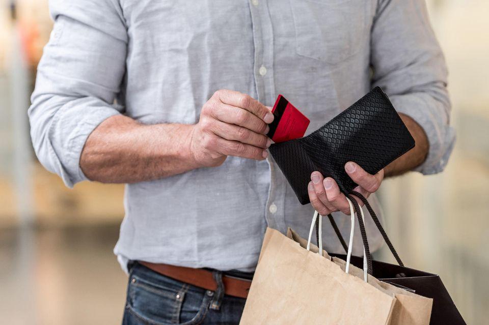 7 Gründe, warum Männer selber shoppen gehen sollten