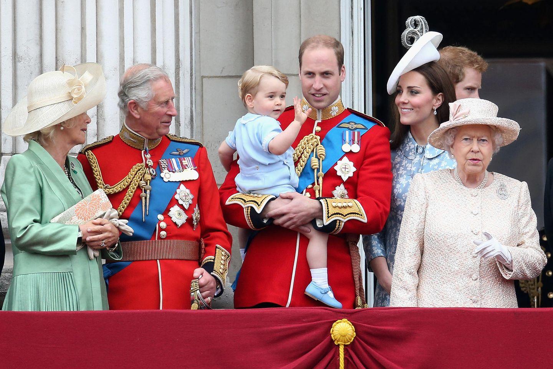 Gewusst? DAS ist der Nachname von Queen Elizabeth, Prinz William und Co.