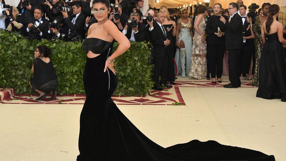 Alles gelöscht: Darum zeigt Kylie Jenner ihre Stormi nicht mehr im Internet