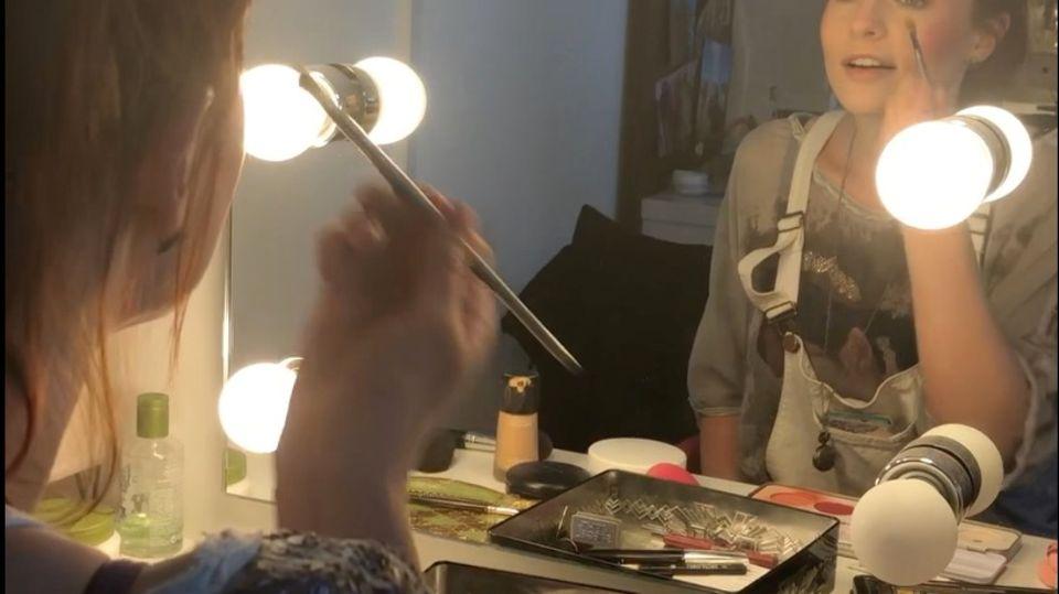 Mary Poppins schminken Foto