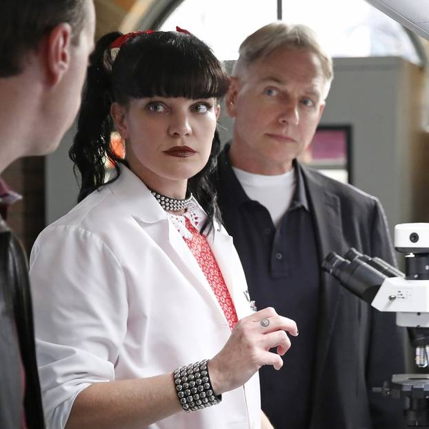 "Pauley Perrette am Set von ""Navy CIS"""