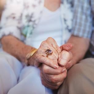 Paar stirbt am selben Tag nach 61 Jahren Ehe