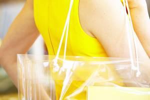 """Trend """"See Throught Bags"""": Was sollen diese durchsichtigen Taschen?"""