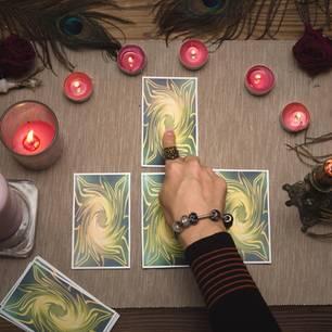 Diese Tarotkarte entspricht deinem Sternzeichen