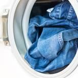 Jeans waschen: Jeanshose in der Waschmaschine