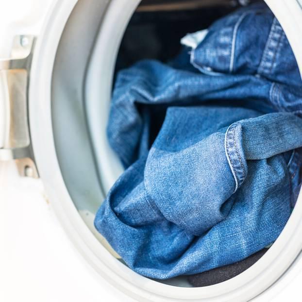 jeans waschen darauf m sst ihr achten. Black Bedroom Furniture Sets. Home Design Ideas