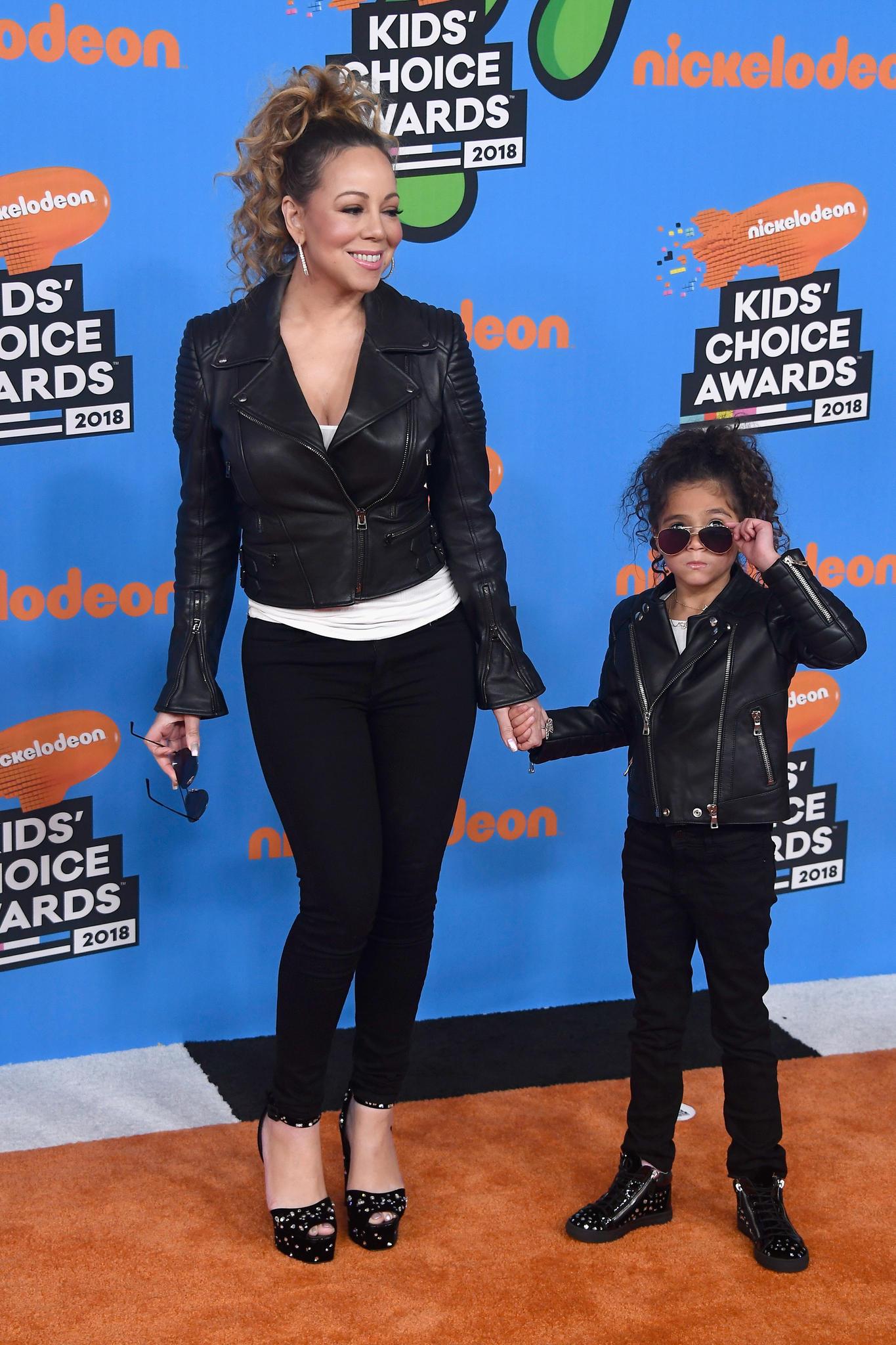 Mariah Carey hat sich lange eine eigene Familie gewünscht - im Jahr 2011 ging dieser Wunsch endlich in Erfüllung. Nach einer Fehlgeburt bekamen der Popstar und Ehemann Nick Cannon die Zwillinge Monroe und Moroccan.