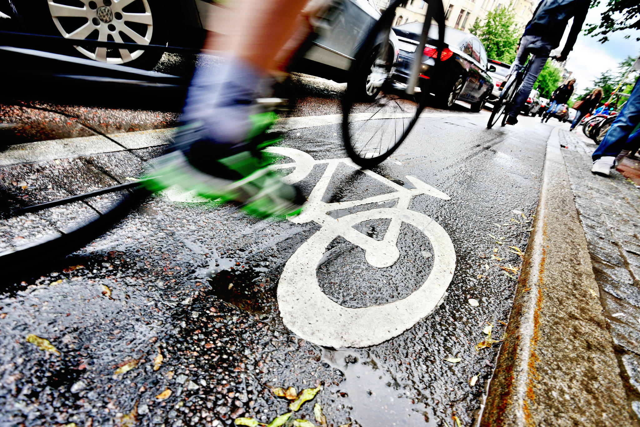 nackte frauen auf dem fahrrad