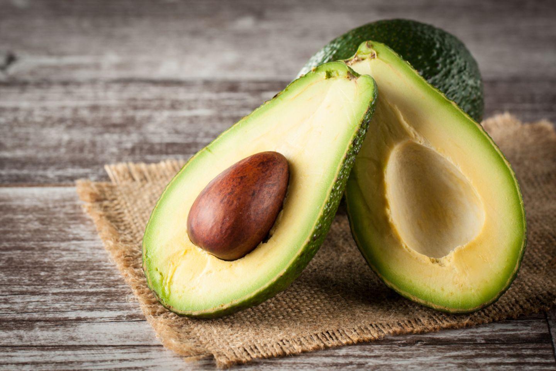 Avocado pflanzen: Zweigeteilte Avocado