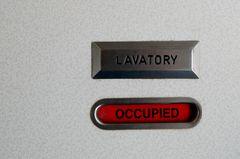 Sex im Flugzeug: Besetzte Bordtoilette