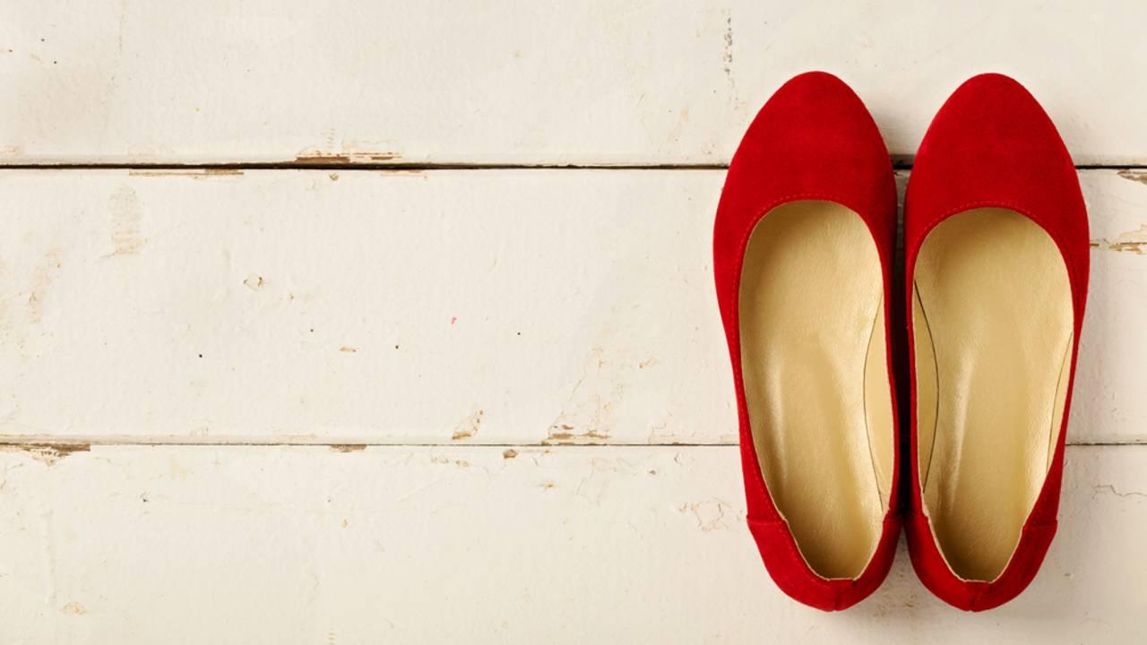 Wildleder Schuhe reinigen: so bleiben deine Wildleder Schuhe