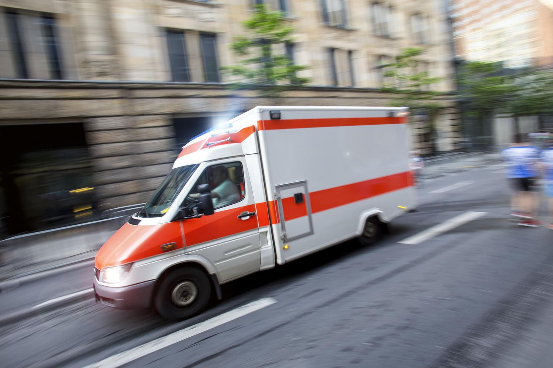 Unfassbar – Jugendliche alarmiert Rettungsdienst aus reiner Langeweile!