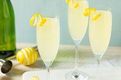 Cocktails mit Sekt: Diese Rezepte knallen richtig!