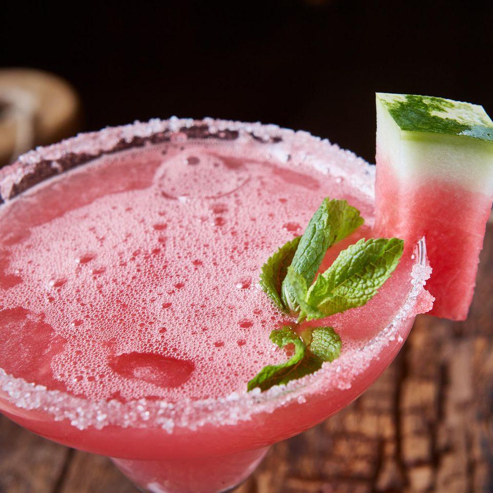 Sekt-Cocktail mit Melone