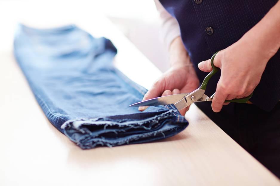 Hose kürzen: Saum bei Jeans abschneiden