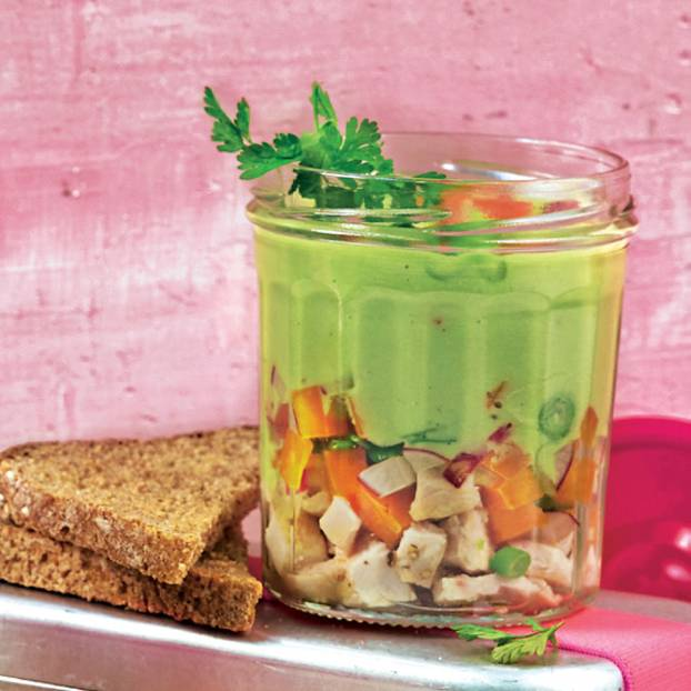 Avocado-Jelly mit Huhn