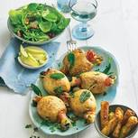 Gefüllte Kartoffeln mit Kräutersalat