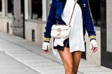 Sommer-Streetstyles: Leder-Mini, Oversized-Hemd und Blouson