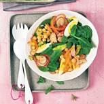 Spinat-Minze-Salat mit Kichererbsen und Thunfisch
