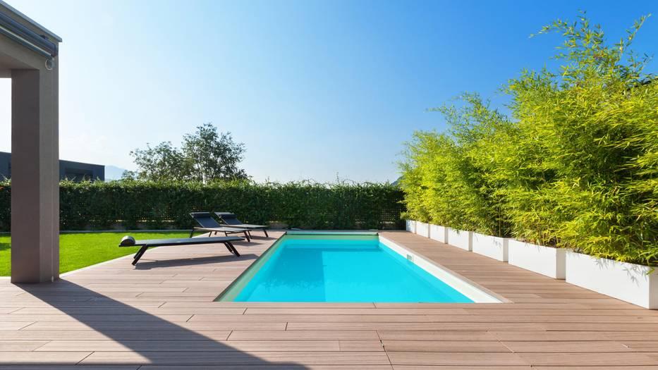DIY-Projekt: Familie baut sich traumhaften Swimmingpool im Garten