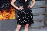 Sophie Turner mit platinblondem Long Bob