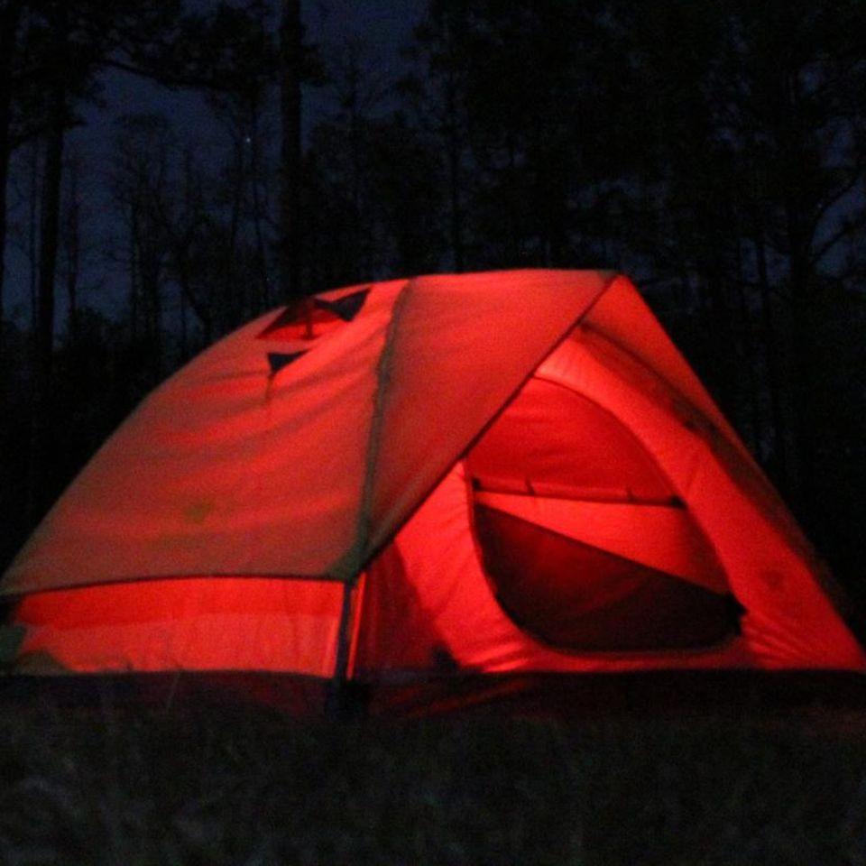 """Menstruationszelte auf Festivals: Das steckt hinter """"The Red Tent"""""""