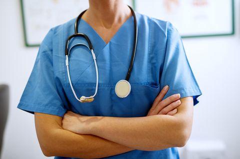 Krankenschwester kündigt, um für mehr Geld und weniger Stress bei Lidl zu arbeiten