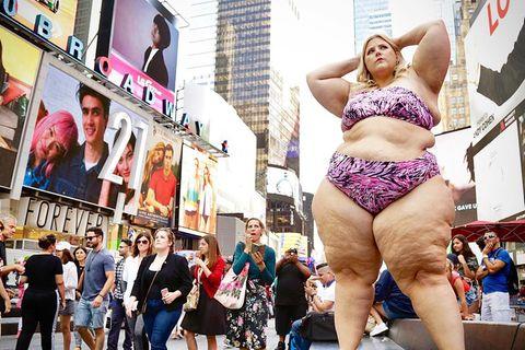 """""""Ich habe im Bikini auf dem Times Square posiert und hatte nicht erwartet, was dann passiert ist"""""""