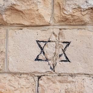 Judenfeindlichkeit: Davidsstern an einer Wand