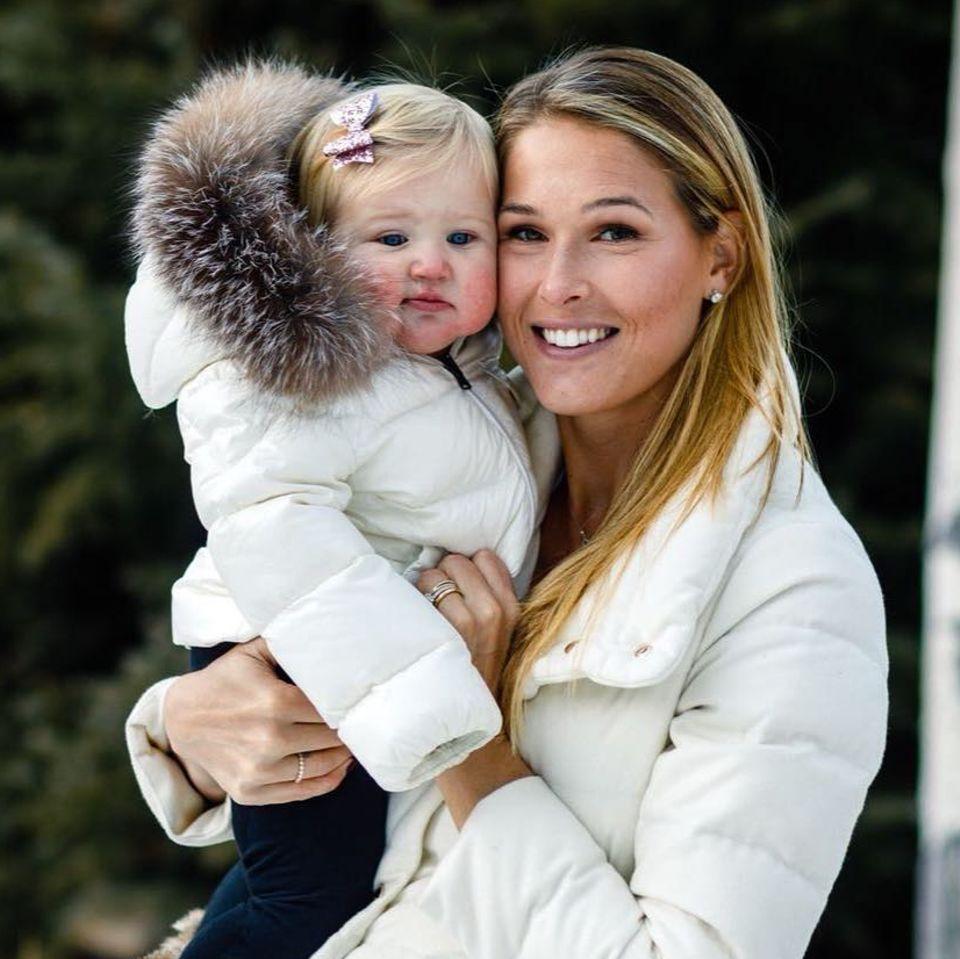 Bode Millers Frau teilt bewegende Botschaft nach dem tragischen Tod ihrer Tochter