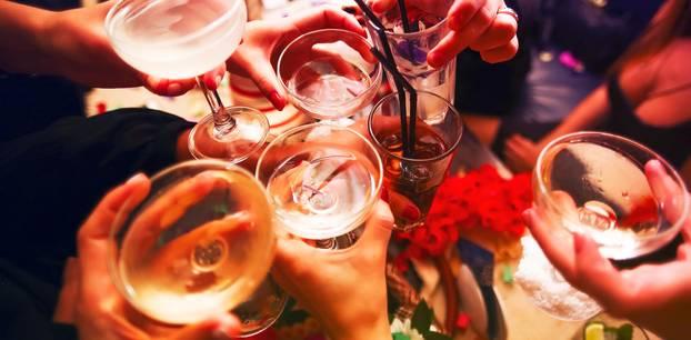 Alkohol ist schlecht für die Haut