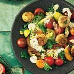 Tomatensalat mit Fischbällchen