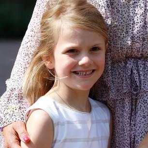 Prinzessin Estelle: Warum darf sie nicht auf eine normale Schule?