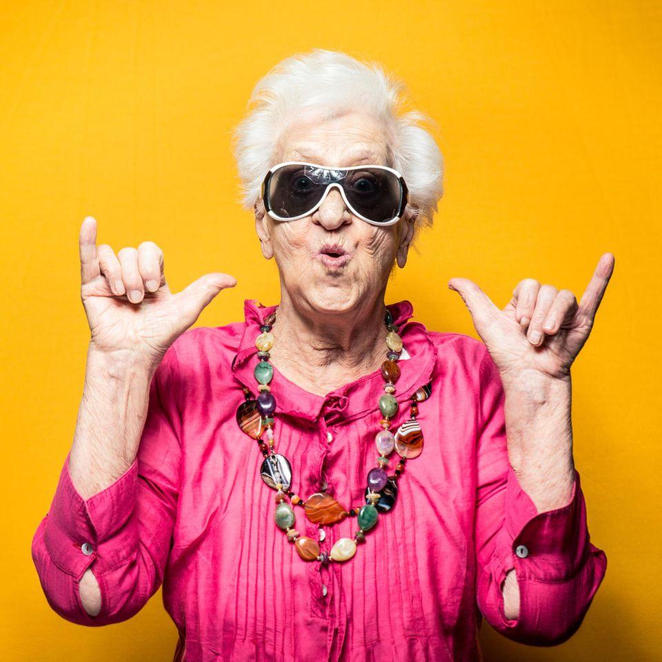 Zu alt fürs Festival? Hippe Seniorin tanzt