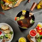 Vegetarisches Fondue auf einem Tisch