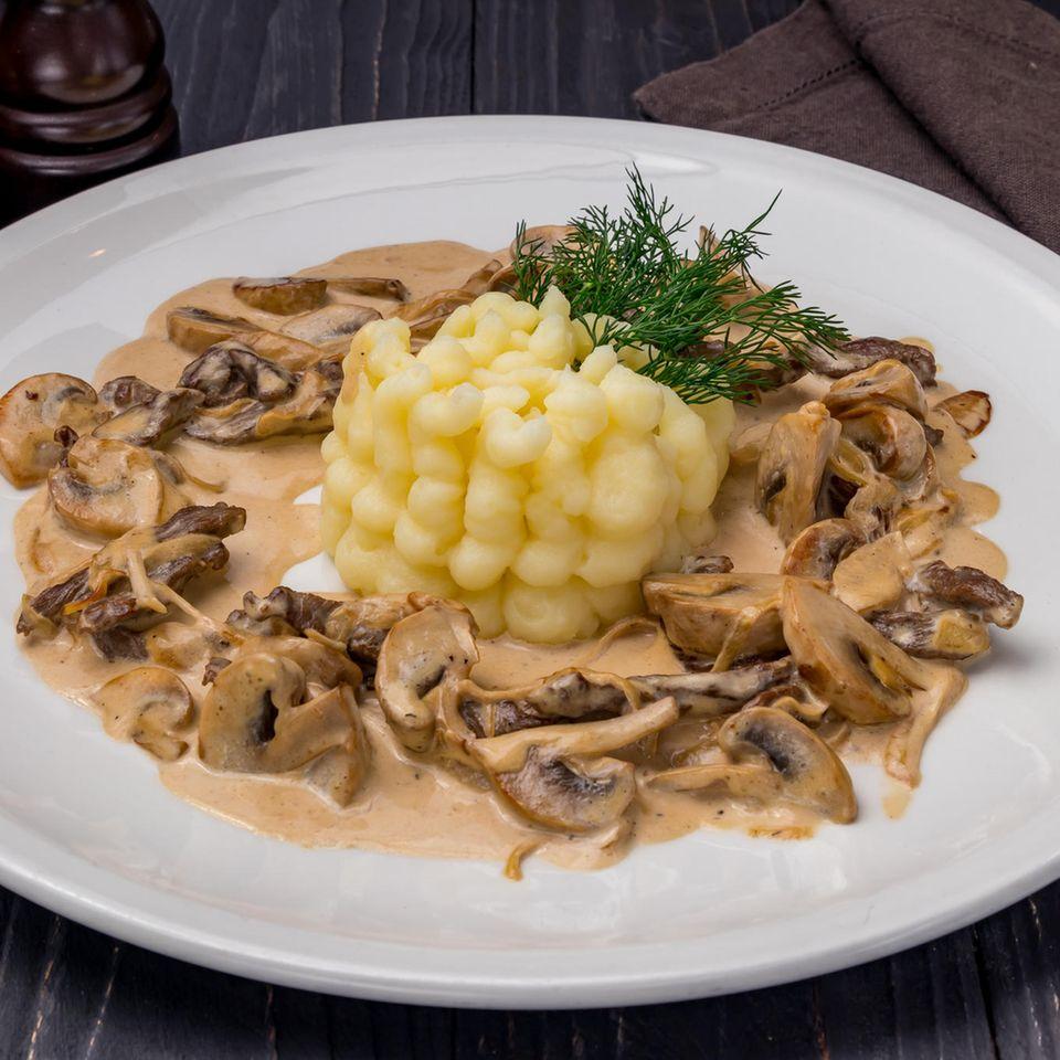 Kartoffelpüree mit Champignons